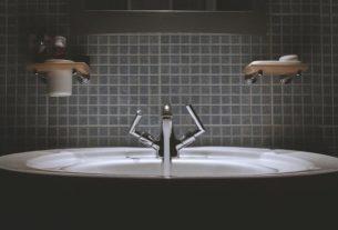 Dopasuj toaletę do restauracji w stylu rustykalnym